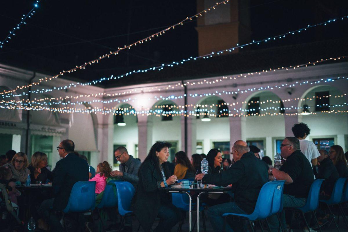 piazza-annonaria-social-dinner-1200x801.jpg